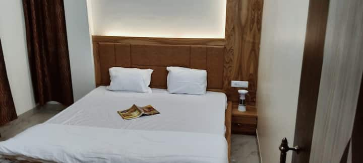 Grace Stay (3 - bhk with 3 beds and 2 washroom)