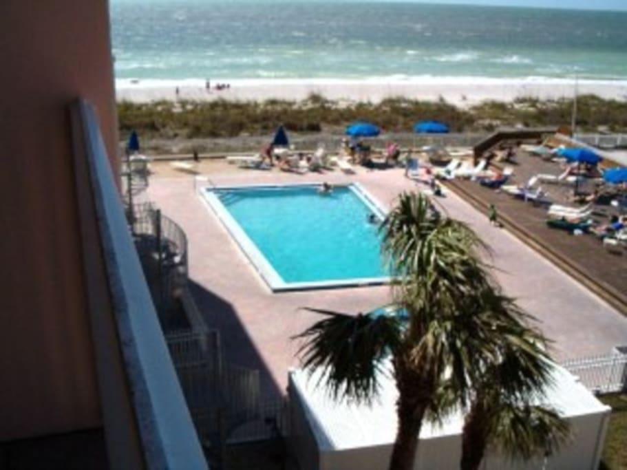 Bobsfloridacondos Condominiums For Rent In Indian Rocks Beach Florida United States