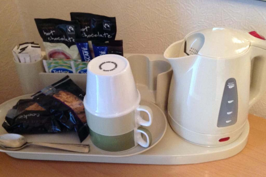 Tea/coffee making facilities in the room