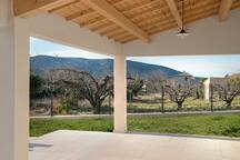 Auvant & spacious terrace