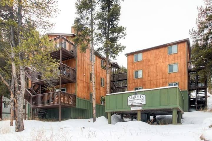 Feb 20-27, 2021 Two Bedroom Mark 9 Condo Breck, CO