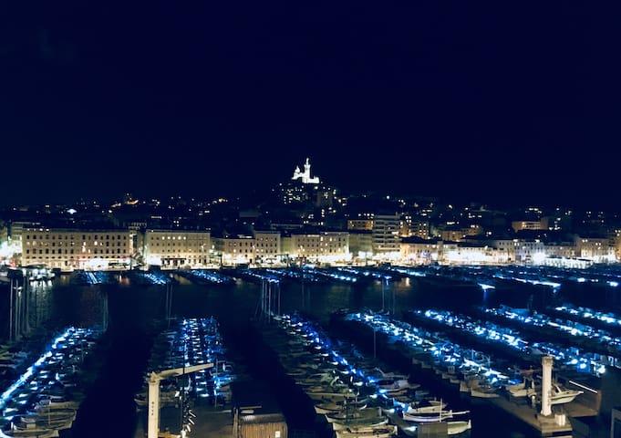 Vue de nuit depuis la terrasse