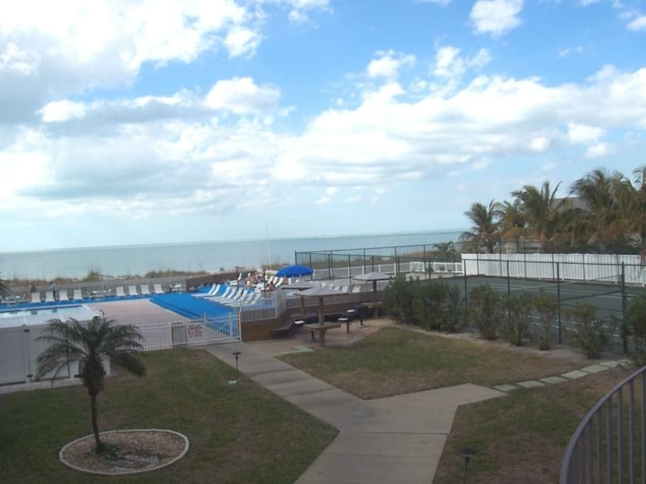 Indian Rocks Beach, Gulf of Mexico, heated pool, private tennis court