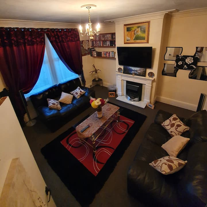 ♡◇ Deluxe Double room perfect for leisure & work◇♤