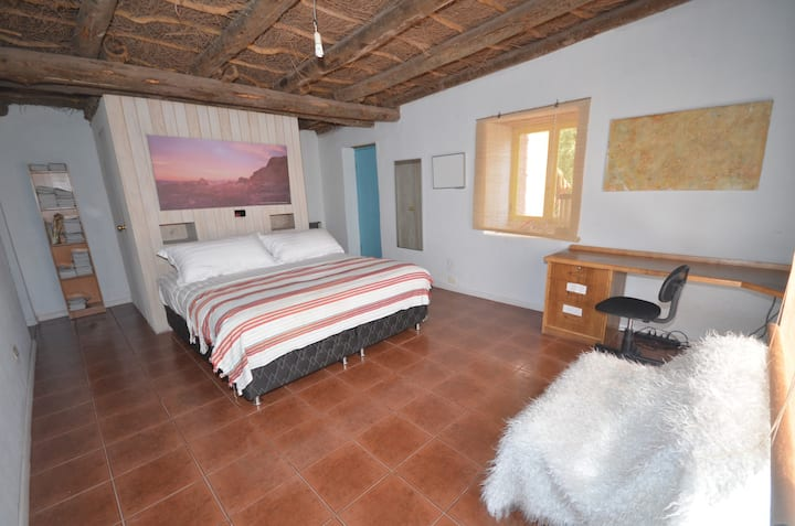 Atacama Stargazing house with view to Andes