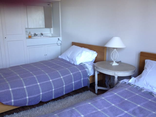 Comfortable Room with Two beds