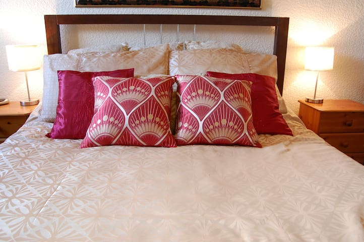 Home from home, 50m to the beach! - Lytham Saint Annes - Bed & Breakfast