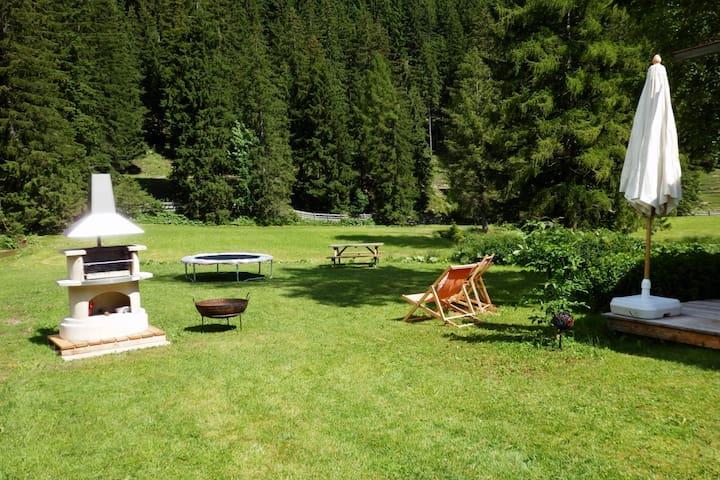 Modern, lovely countryside flat  - Leutasch - Appartement