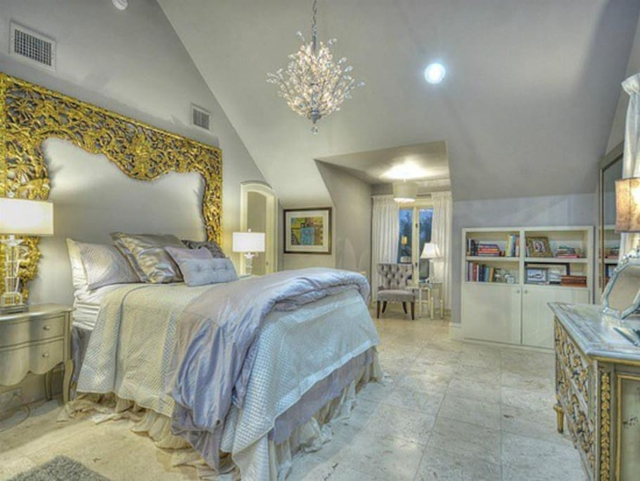 Beautiful, large bedroom suite