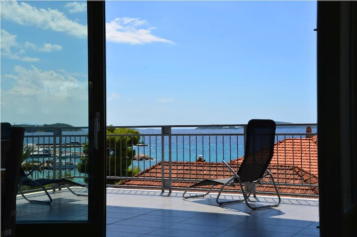 Villa Lucida No. 2. 120 m² sea-view - Orebić - Apartment