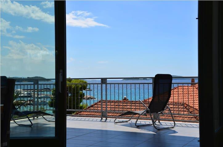 Villa Lucida No. 2. 120 m² sea-view - Orebić - Lejlighed