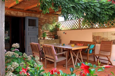 Cozy Cottage in Tuscany 20km from Siena - sleeps 4 - Sovicille - Haus