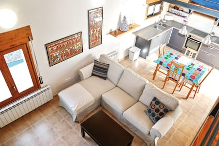 Modern apartment w/ WiFi & terrace - Torres del Obispo - Apartment - 1