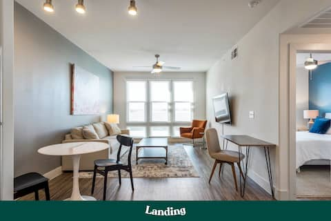 Landing | Stunning Domain Luxury Apartment (ID60)