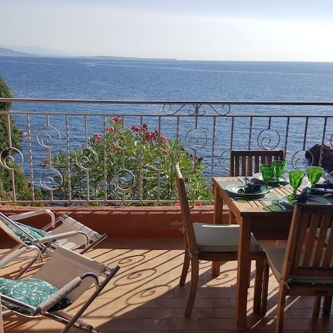 Like a house: panoramic sea view duplex
