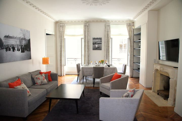 Luxury Apartment on Champs-Elysées.