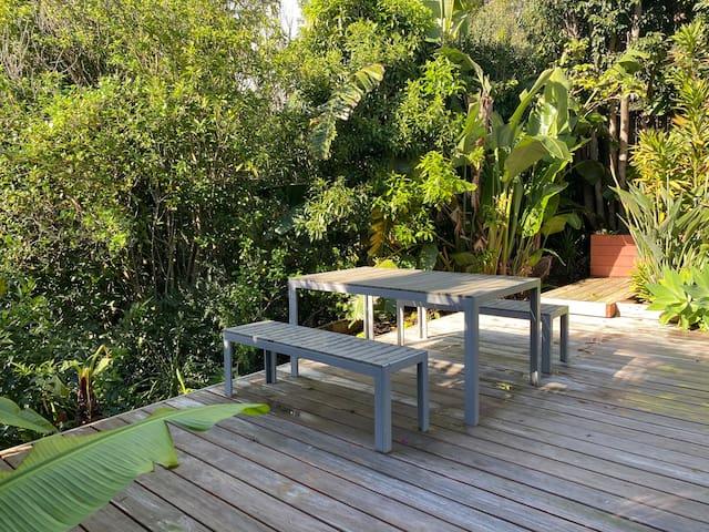 Jungle retreat/escape from city / Beautiful house