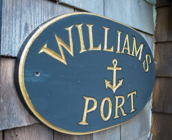 26-Williams Port - Waterview Studio Cottage for 4!