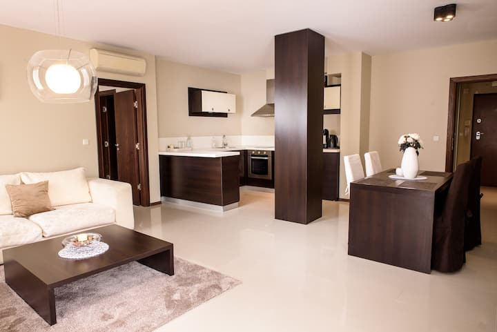Brand new luxury apartment with private pool