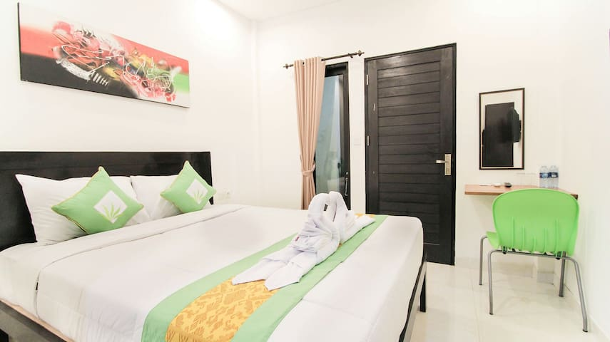 Akatara Stay Jimbaran - Bali - Bed & Breakfast