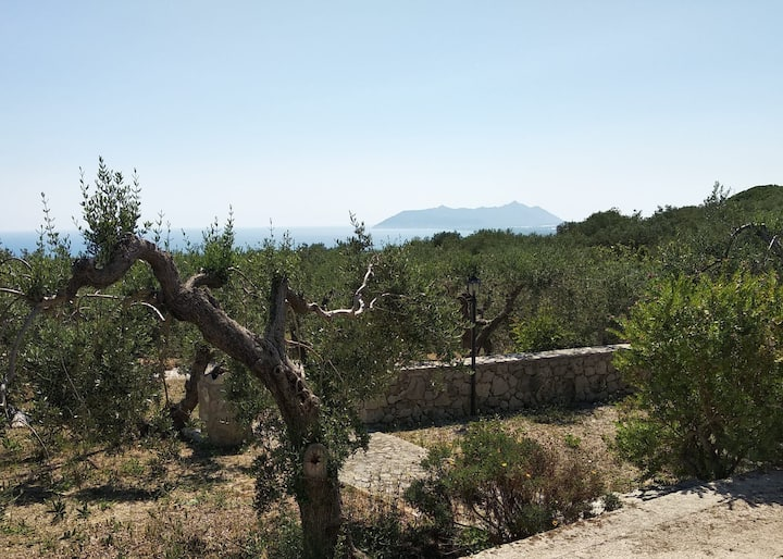 Villino indipendente con parco giardino panoramico