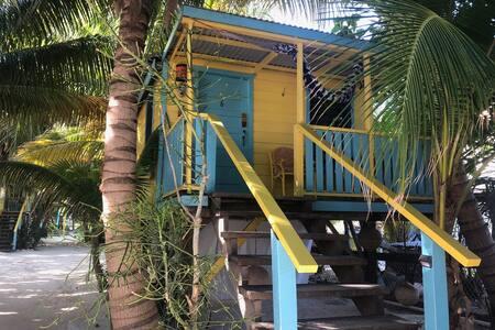 Caribbean Beach Cabana #6 @ Colinda Cabanas