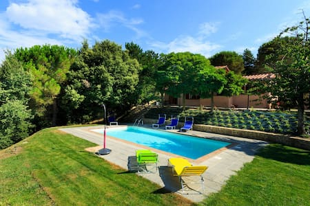 A Charming Villa in a Heavenly Setting - Cortona