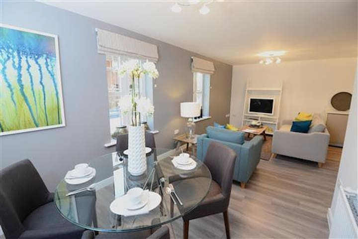 Stylish New Apartment with Good Access to M1 - Clowne - Διαμέρισμα