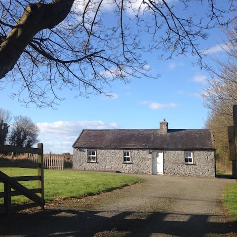Moate Cottage (near Kilkenny city)