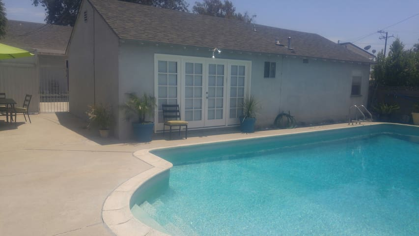 Pool House in Bixby Knolls