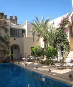 Maison de charme avec piscine   - Taroudant