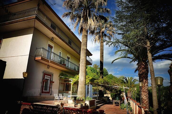 Villa Artemide ! - Piazza Armerina - Villa