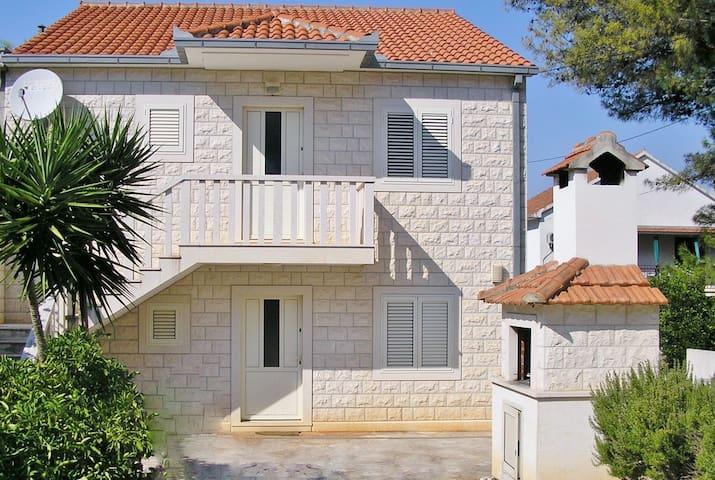 Beautiful apartment for 5+1 people - Split - Byt