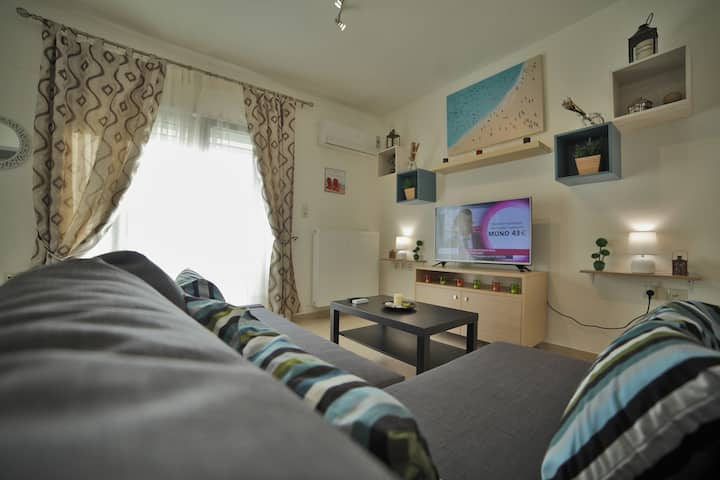 Cosy Maisonette Ideal For Couples and Families