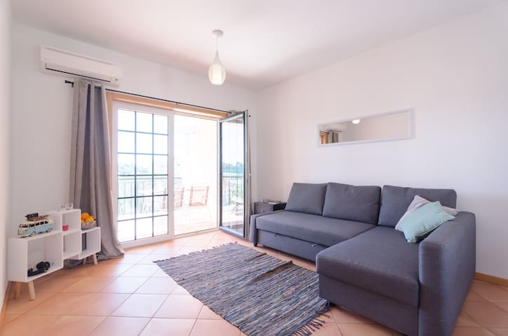 4 bed aprt near the beach in Alvor - Alvor - Apartemen