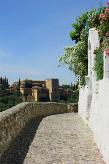 Cueva Geranio Caves For Rent In Granada Andalusia Spain