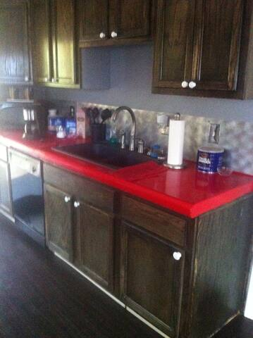 Newly remodeled upstairs apartment  - Panama City - Pis