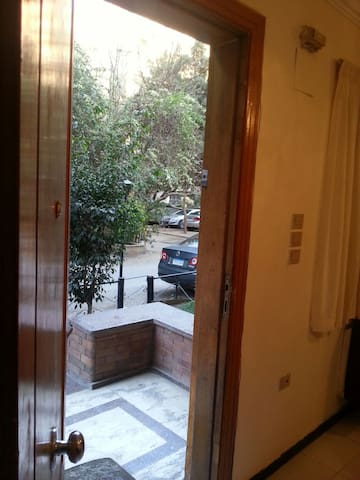 private entrance rent at least 1 y - Maadi as Sarayat Al Gharbeyah