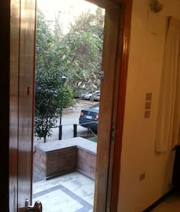 private entrance rent at least 1 y - Maadi as Sarayat Al Gharbeyah - Daire