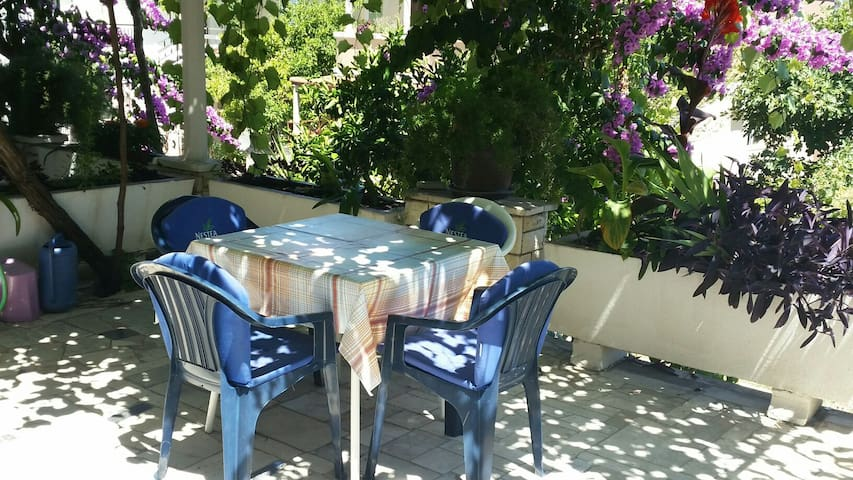 Apartment for two Trpanj Croatia - Trpanj - Casa