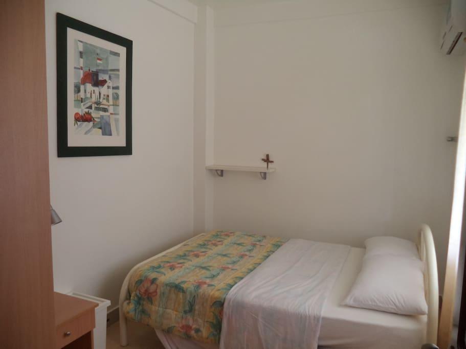 Schlafzimmer in Apartment drei vollklimatisiert