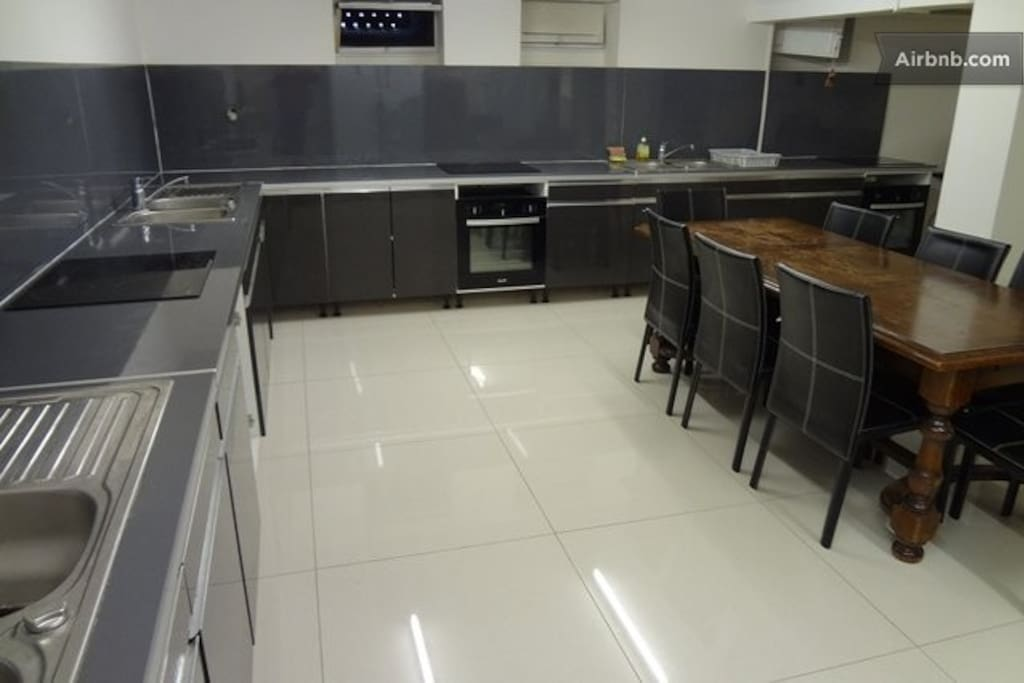 Large and fully equiped kitchen