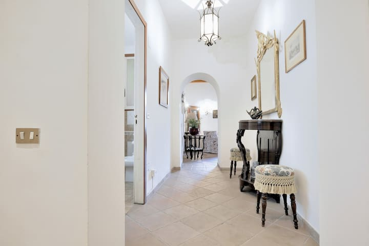 apartment in the historical palazzo of 1600 wifi