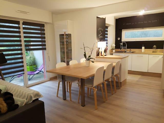 Très bel appartement ensoleillé T2 de 55 m² - Vannes - Daire