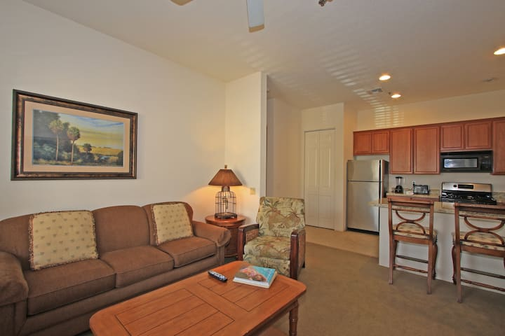 (CLR105) Cozy Downstairs One Bedroom in the Heart of La Quinta!