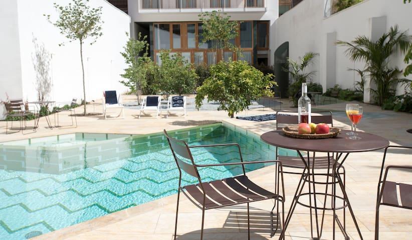 central elegante limpieza diaria piscina jard n