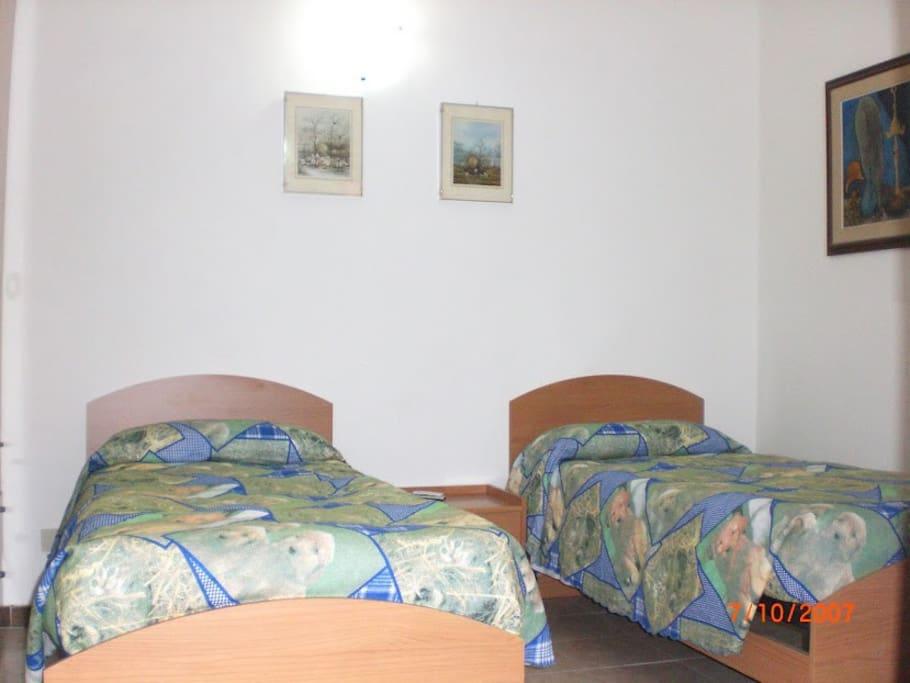 Lovely Roma Room Sharing for 3