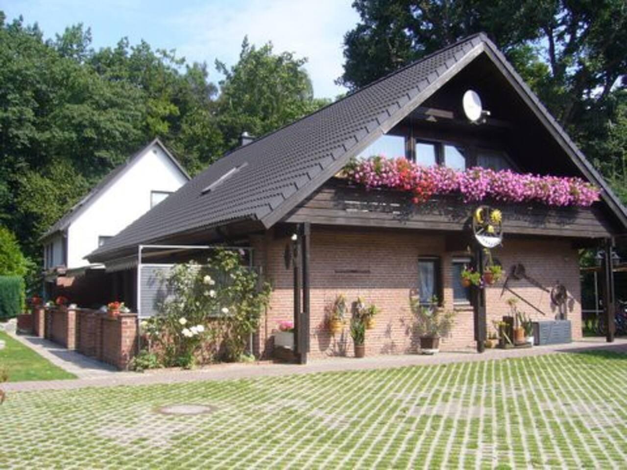 Haus 1 mit 3 Ferienwohnungen im Ostseebad Göhren