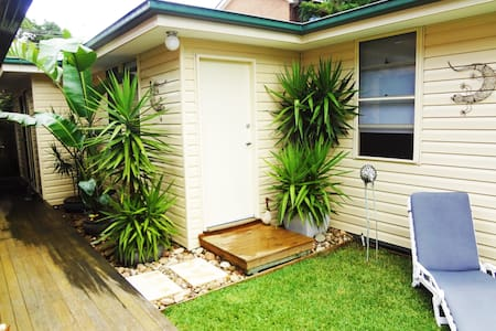 Relaxing Garden Cottage nr Manly Dam - Allambie Heights