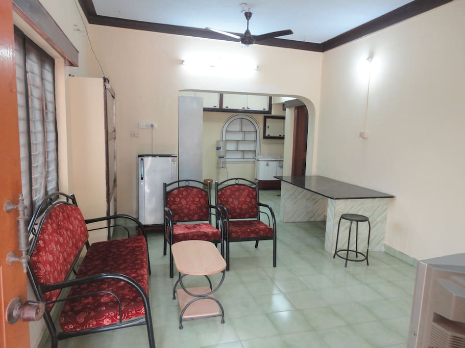 Hall /two AC bedrooms/large sitout/private terrace/Kitchen with e.Chimney/gas/basic utensils for self cooking/TV with DTH/car park/ 24 hrs water/All windows mosquito proof.